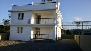 Beautiful house for sale - House on Aster Vender
