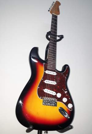 GUITARE - HARLEY BENTON - ST-62SB - Electric guitar on Aster Vender