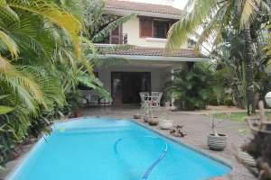 Villa 4 chambres avec piscine dans une résidence résidentiel et privée - Beach Houses on Aster Vender
