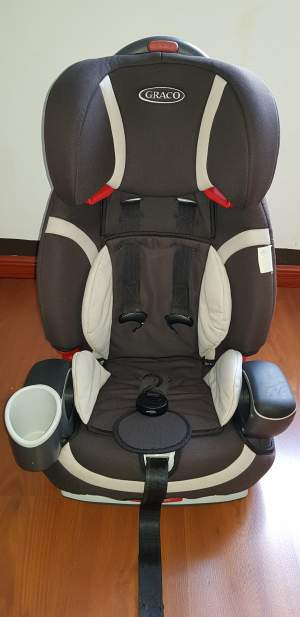 Car-Seat GRACO for kid 15kg-36kg.  - Kids Stuff on Aster Vender