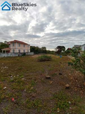 33 Perches of Land in Grand Gaube/Roche Terre - Land on Aster Vender