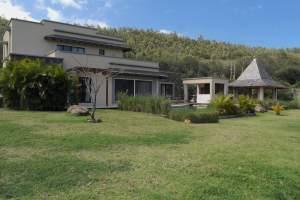Rivière Noire vente luxueuse villa accessible aux étrangers - Villas on Aster Vender