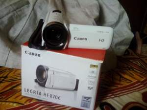 Canon Video Camera - Others on Aster Vender