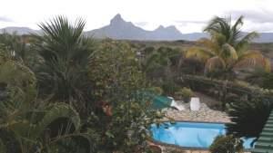 Tamarin, belle villa perchée en bordure de falaise, 360m2 sur 47perche - Villas on Aster Vender