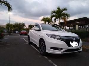 Honda Vezel HRV - SUV Cars on Aster Vender