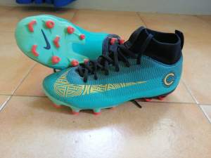 Nike mercurial CR7  - Sports shoes on Aster Vender