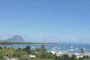 Penthouse avec vue sur les montagnes et l'océan  - Apartments on Aster Vender