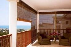 Outdoor/indoor blinds