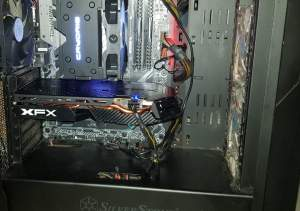 Selling used RX 580 XFX Graphic Card - PS4, PC, Xbox, PSP Games on Aster Vender
