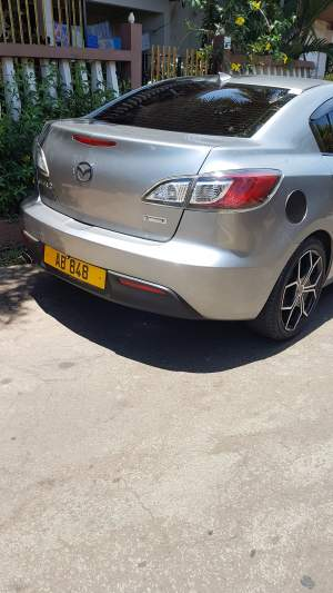 Mazda 3 yr 09 - Family Cars on Aster Vender