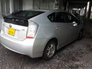 Toyota Prius 3 - Family Cars on Aster Vender