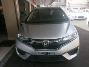 Honda fit Hybrid F Package  - Family Cars on Aster Vender