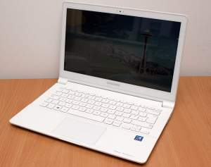 Samsung Ativ Book 9 Lite - Laptop on Aster Vender