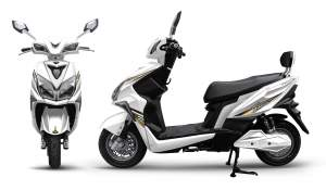 HONGDU FIREBLADE 2000W - Electric Scooter on Aster Vender