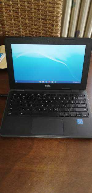 Laptop dell chromebook  - Laptop on Aster Vender
