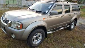 4X4 NISSAN HARDBODY YR 06 - Pickup trucks (4x4 & 4x2) on Aster Vender