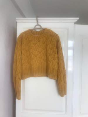 Sweater - Original from UK - Sweater (Women) on Aster Vender