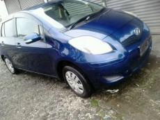 Toyota Vitz 990cc . Automatic - Compact cars on Aster Vender