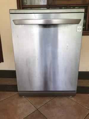 LG Dish Washer - Kitchen appliances on Aster Vender