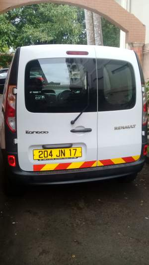 Renault Kangoo - Cargo Van (Delivery Van) on Aster Vender