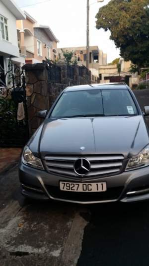 Selling mercedes blue efficiency c180 year 2011. good condition car Gr - Luxury Cars on Aster Vender