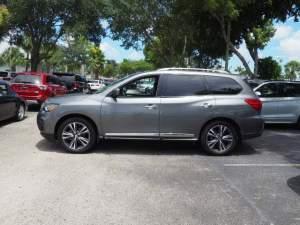 2017 Nissan Pathfinder Platinum for sale  - SUV Cars on Aster Vender
