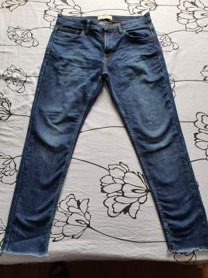 Celio slim fit jeans size 32/33 - Pants (Men) on Aster Vender