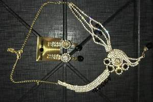 Indian necklace and earrings set  - Necklaces on Aster Vender