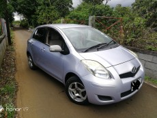 Toyota Vitz 09 - Compact cars on Aster Vender