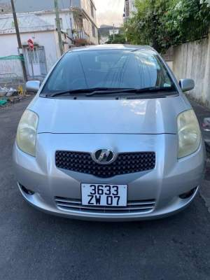 Toyota Vitz 2007 - Compact cars on Aster Vender