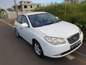 car - hyundai Elantra - Luxury Cars on Aster Vender