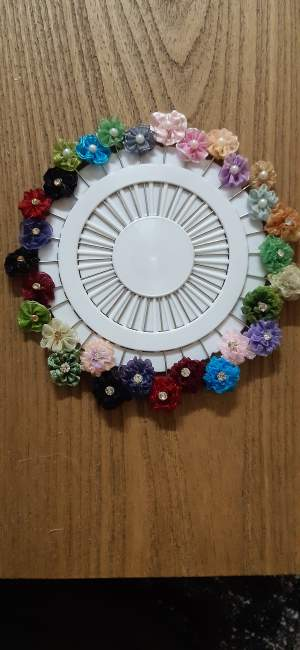 Hijaab pins for sale - Other Accessories on Aster Vender