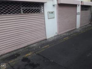 1 EMPLACEMENT COMMERCIAL - 23M² A louer Port-Louis - Office Space on Aster Vender