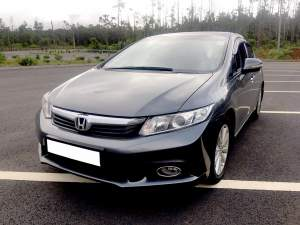 Honda Civic 2013 manual - Family Cars on Aster Vender