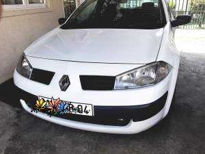 Renault Megane - Family Cars on Aster Vender