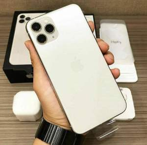 New Apple iphone 11 512gb Pro Max Gold  - iPhones on Aster Vender