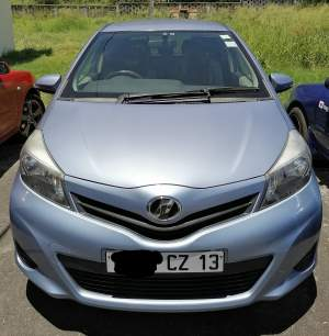 Toyota Vitz 990cc car for sale - Compact cars on Aster Vender