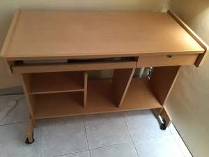 Computer table - Computer tables on Aster Vender