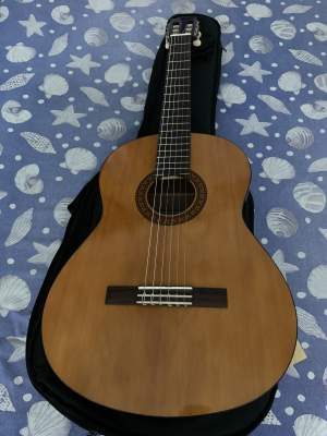 GUITARE ACOUSTIQUE AVEC ÉTUI - YAMAHA - OCCASION - Accoustic guitar on Aster Vender