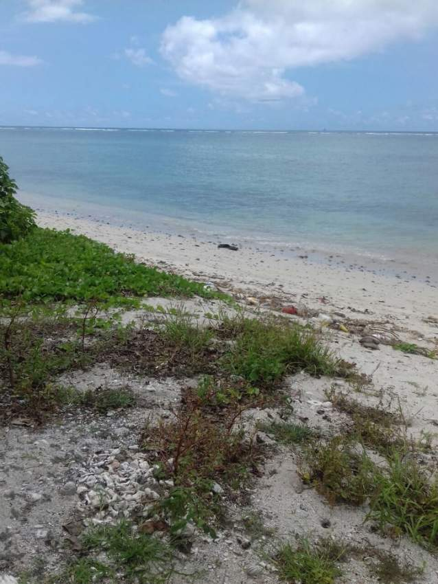 Land (pied dans l'eau) for sale at Point aux Sable in Mauritius.  - Land at AsterVender