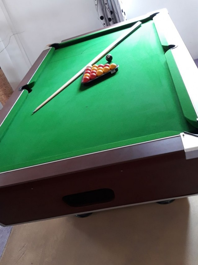 Aristocrat Pool Table - Billiards at AsterVender