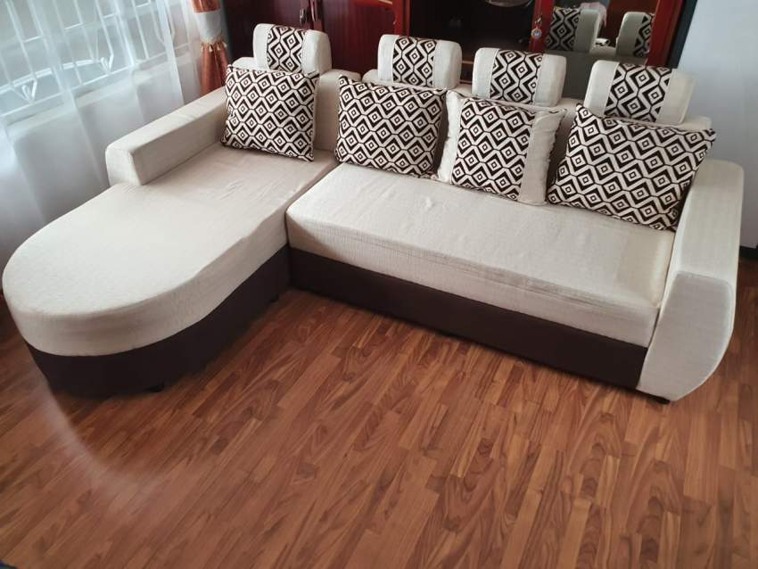 Sofa with lounger (price negotiable) - Sofas couches at AsterVender