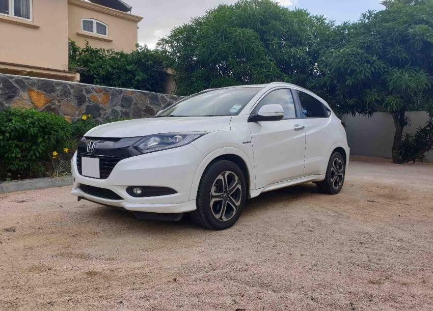 HONDA - VEZEL - 2014 at AsterVender