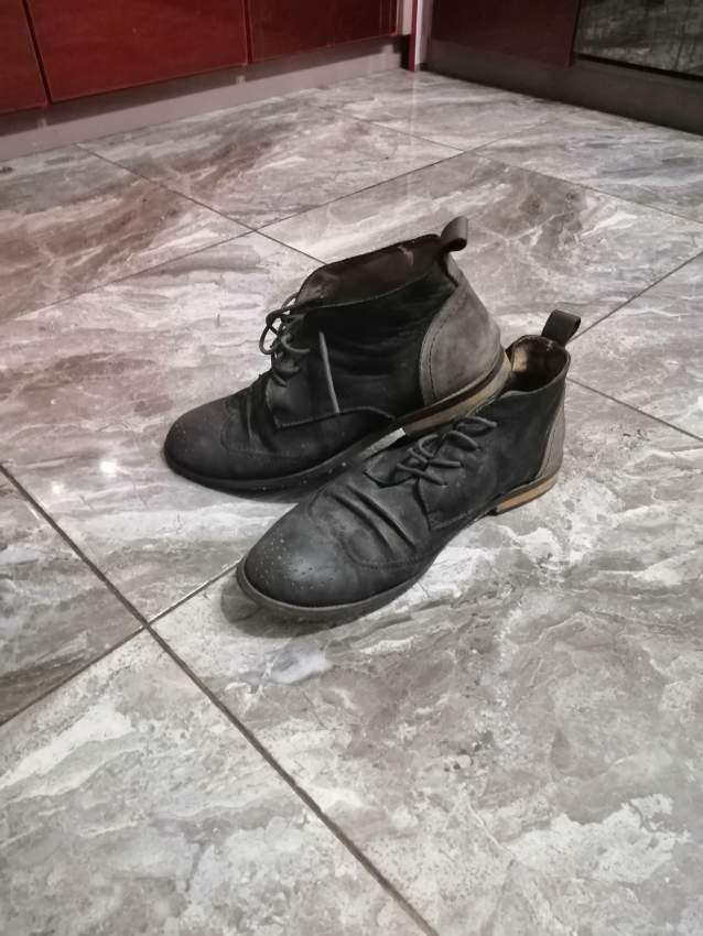 3 paires chaussures