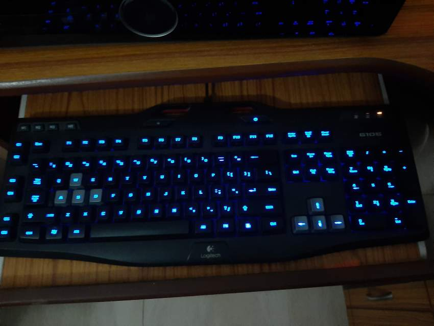 Gaming PC + HP Monitor + Logitech G106 Gaming Keyboard