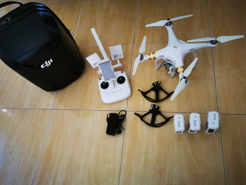 Phantom 3 SE 4 K For Sale