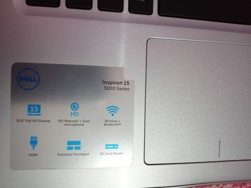 Dell Inspiron 15 5000 Series (5570)