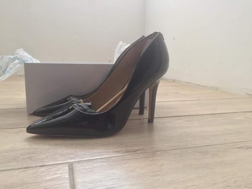 Pumps Guess Designer shoes