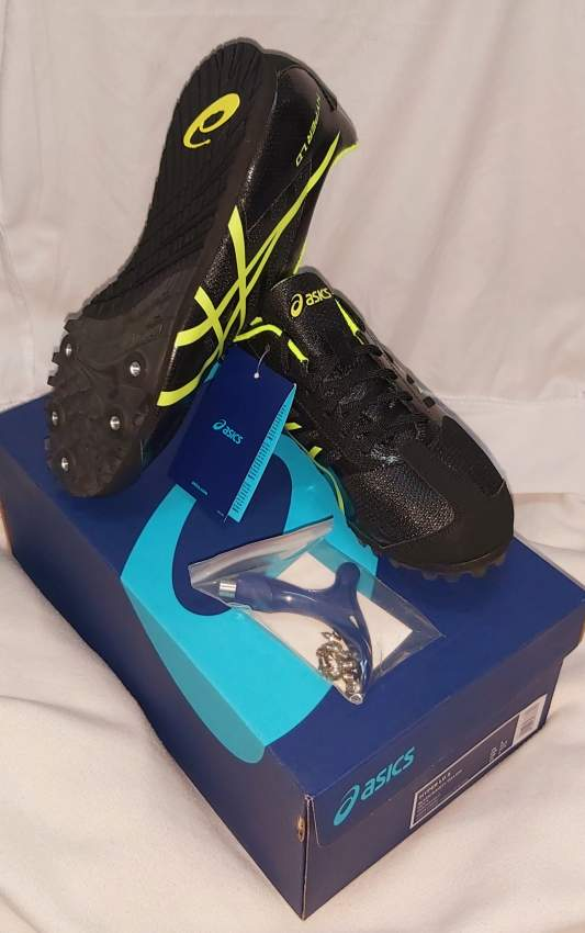 Chaussure Spike ASICS Original pour courir