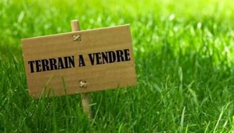 Terrain a vendre a Albion - 93 toises - Land at AsterVender